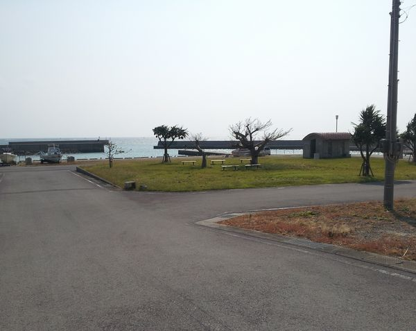 のんびりした雰囲気の伊野田漁港
