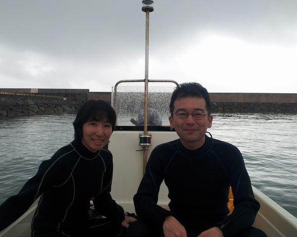 Y田さんご夫婦。雨のスタートでしたが、晴れましたね