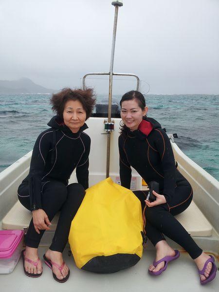 Y田さん親子です。海にどっぷりのお二人です