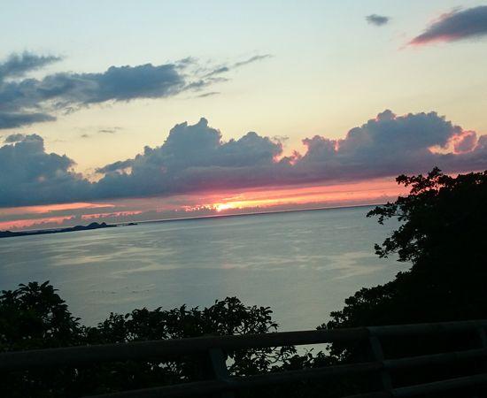 キレイな夕日はむずかしい。。。