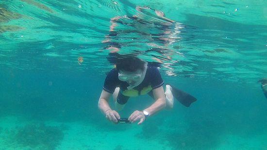 ドローンがない分、水中カメラです