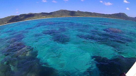 クリアブルーの海が広がる石垣島です