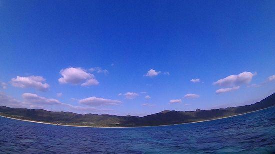 青空広がる石垣島はシュノーケリング日和です