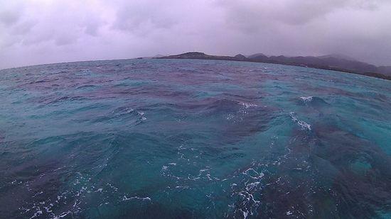 ちょっと手ごわい波がある石垣島です。