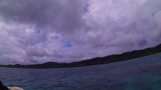 どんより雲が空を覆っています。