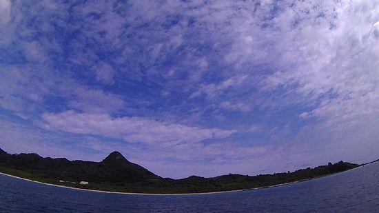 おっ!今日も晴れ間の登場の石垣島です。
