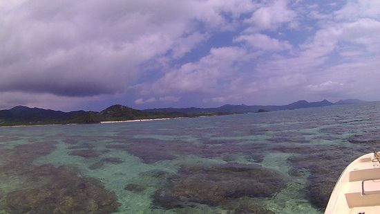 曇ったり晴れたりの石垣島です。