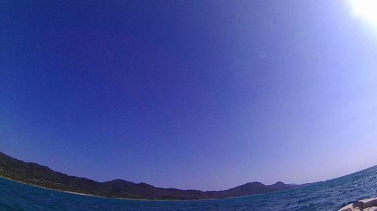 雲一つない空の石垣島です。