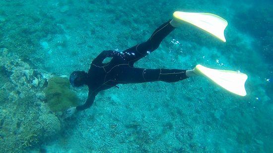 素潜りドボンで水中写真のS藤さんです。