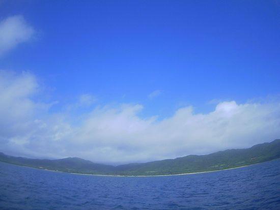 朝からピーカンの天気の石垣島です。