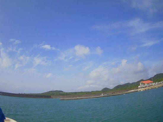 スカッと晴れ!日焼け日和の石垣島です。