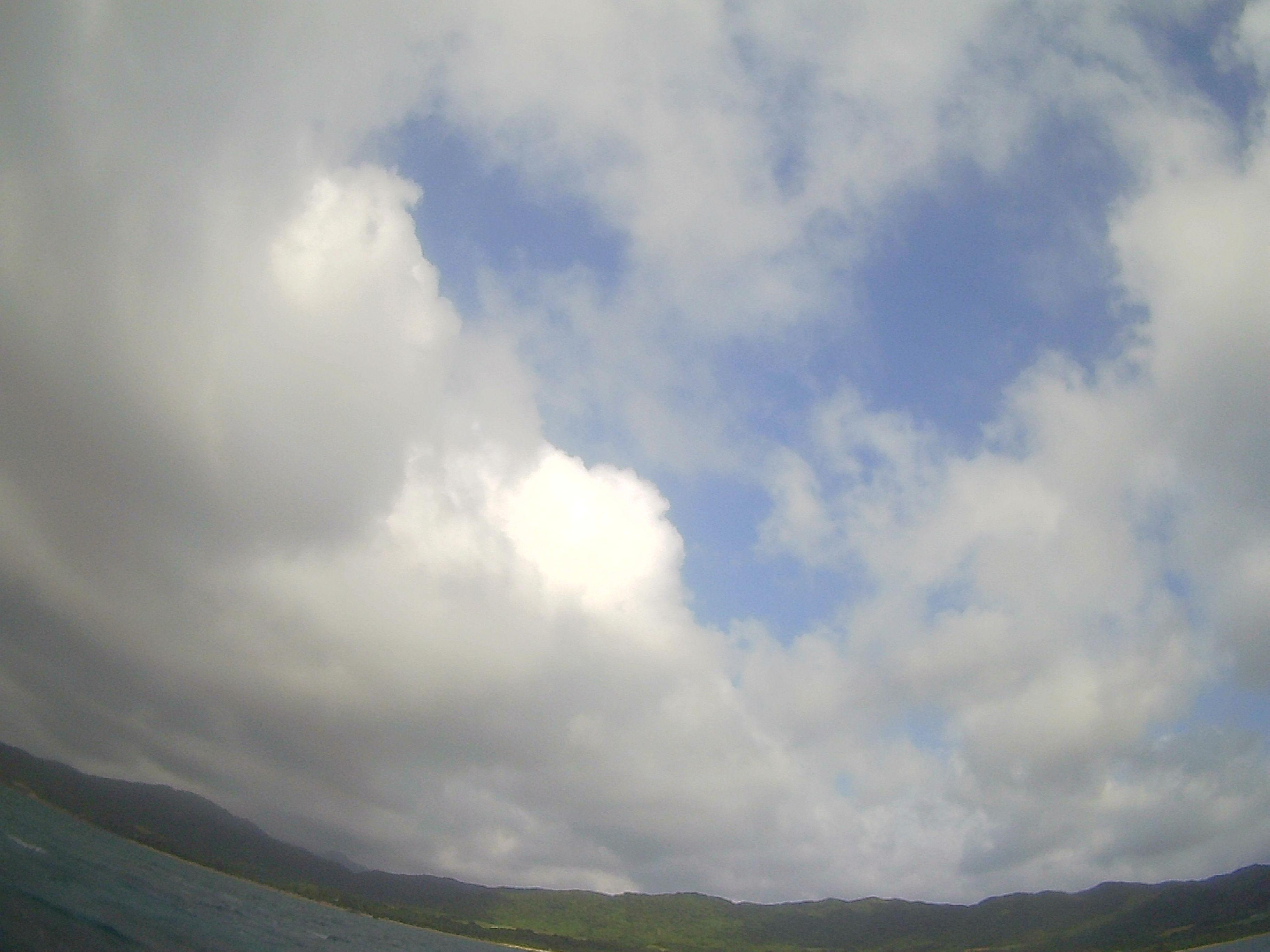 晴れたり曇ったりの石垣島です。
