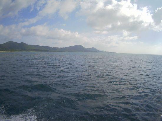 穏やかな海となった石垣島です。