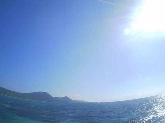 灼熱の陽射しの石垣島です。