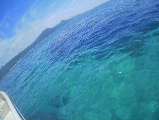 天気は晴れ、穏やかな海となった石垣島です。