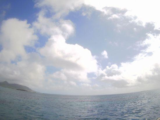晴れ間広がれば日焼け日和の石垣島