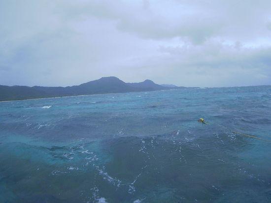 天気はどんよりの石垣島です。