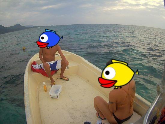 初めての石垣島をシュノーケリング!M田さんとH地さんです。