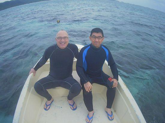 初めての石垣島、初めてのシュノーケルのM藤さん。とJさん
