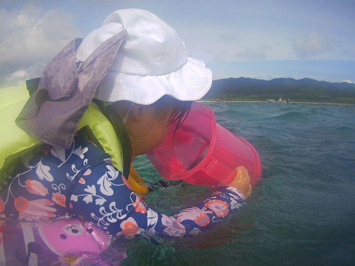 ミオリちゃん、海に没頭