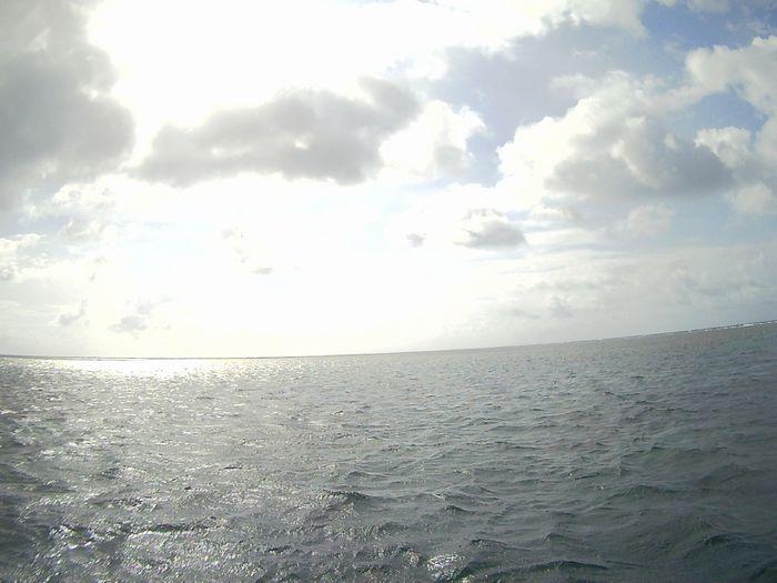 午前晴れ、午後曇りの石垣島です