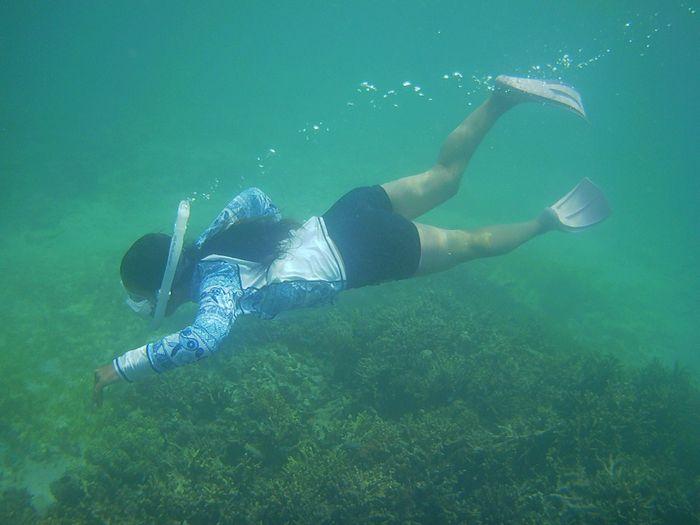 ヒナちゃんも余裕の泳ぎです