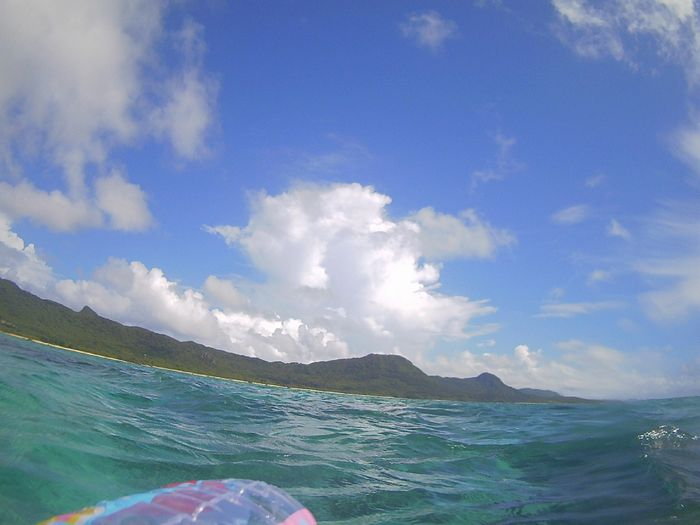 台風前の穏やかな海!