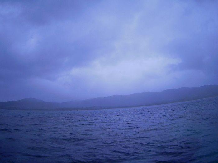 あいにくの曇り小雨ぱらぱらの石垣島です