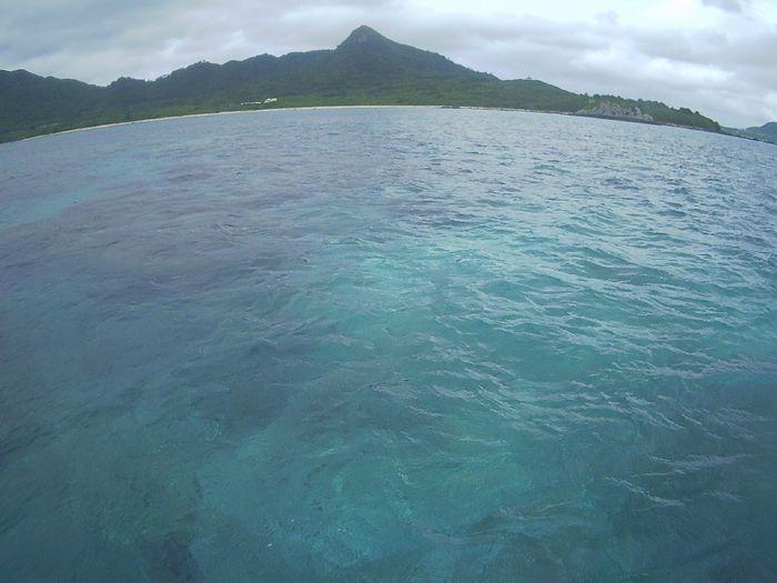 どんより雲が広がる石垣島です