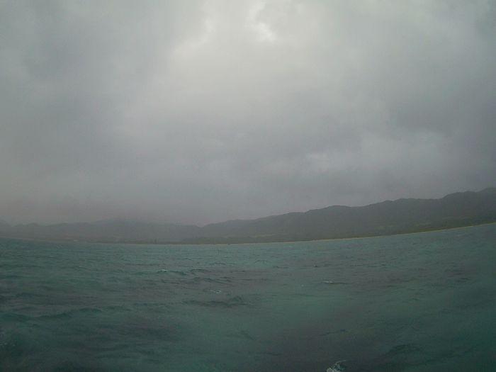 うーんどんより雲と小雨ですね。