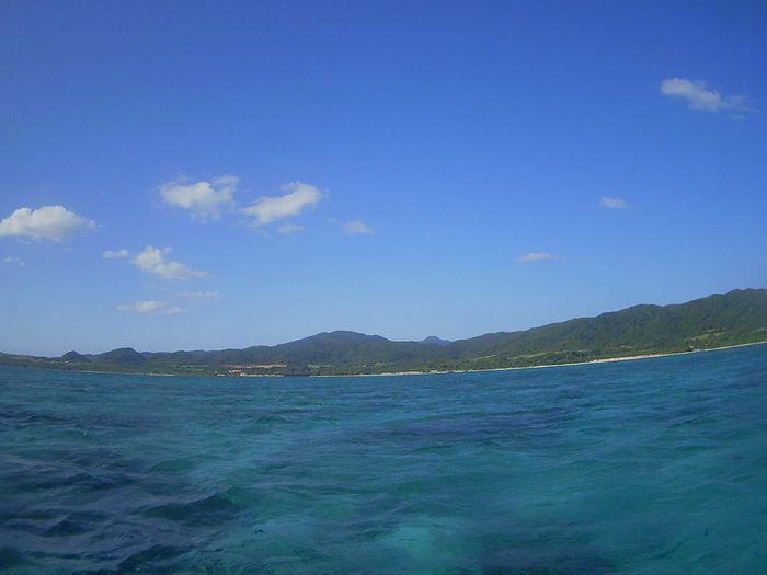 青空広がる石垣島ですが