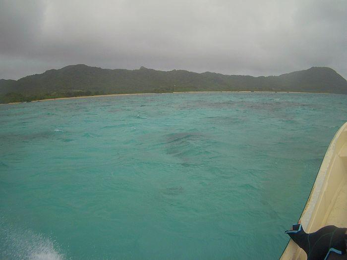曇り、パラパラ小雨の石垣島