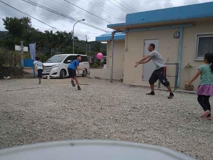 子供とドッチボール