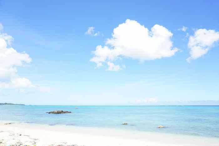 晴れた日の石垣島のビーチ