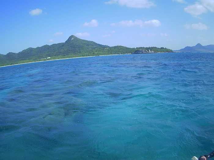 晴れの石垣島ですが体育会シュノーケリング