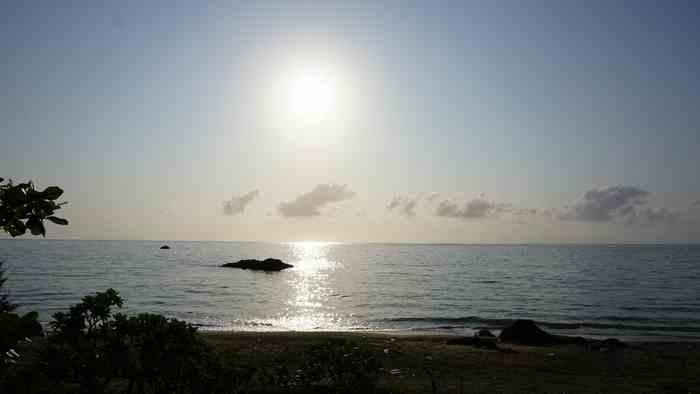 朝日の昇り始めの時間