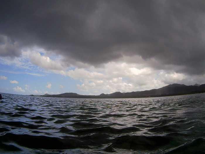 午前は晴れ、午後からは荒れ模様の石垣島