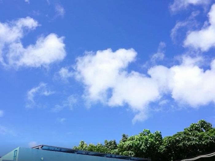 梅雨の石垣島の空は
