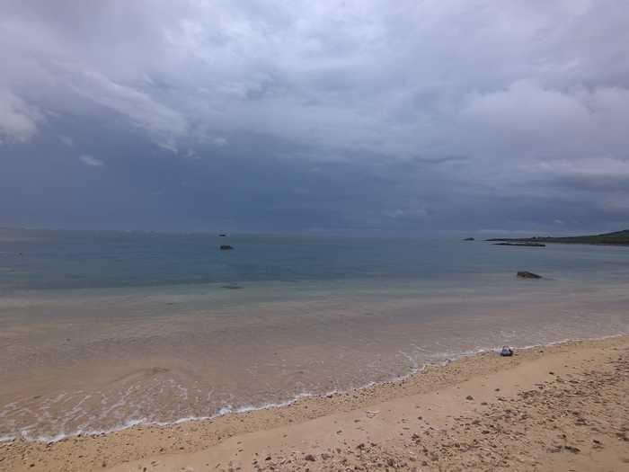 梅雨前線が石垣島の上空に。