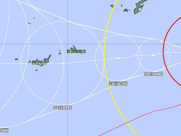 台風6号さん、進路が微妙にかわる