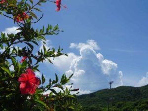 石垣島はシュノーケリング日和!夏空、夏雲、夏景色です♪