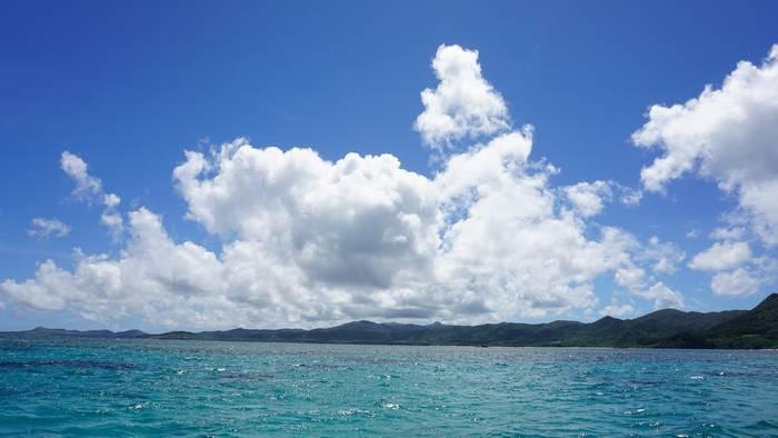 天気は晴れ!穏やかな海です