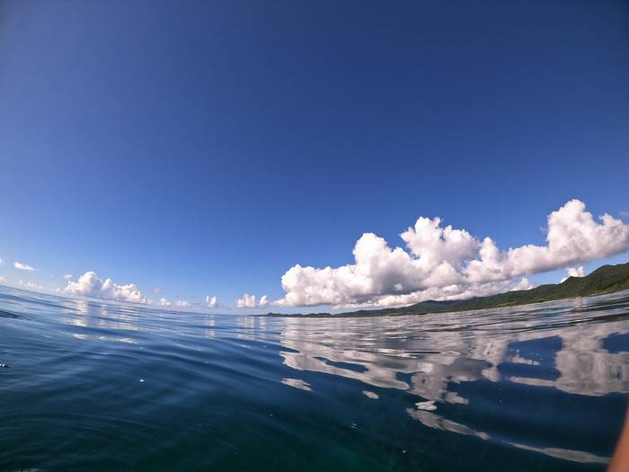 鏡張りの海