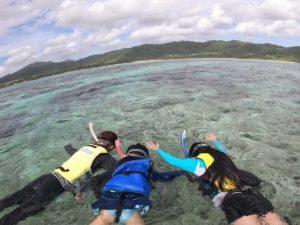 透明度抜群の水中世界!サンゴとお魚さんを満喫です