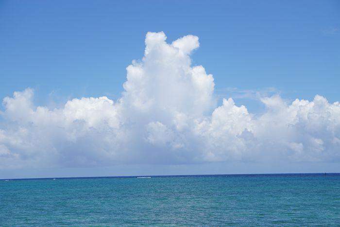 夏空、夏海広がる7月下旬の石垣島です