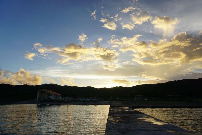 コガネ色の夕日です