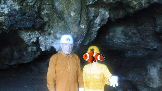 そして次は、洞窟探検ツアーです。