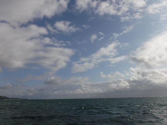 天気は、曇り時々晴れ間です