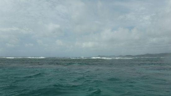 外海は白波がドパンドパンです