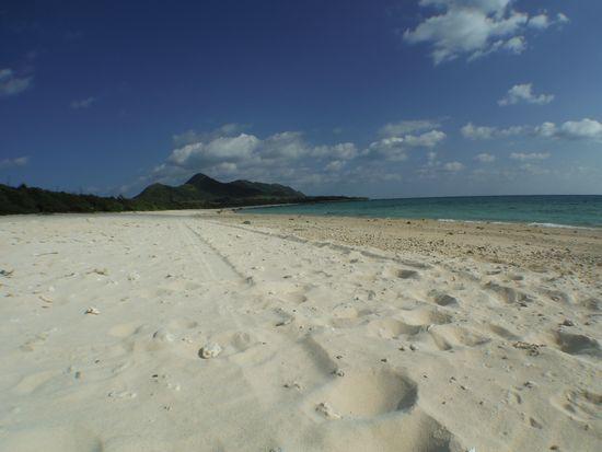 伊原間にあるフナクヤビーチです